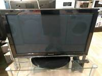 "Panasonic 37"" TXP37X10B TV - Guarantee"