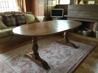 Beautiful Solid Oak Dining Table