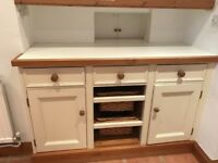 Reduced for quick sale: 8x Shaker painted kitchen cabinets (schofield and crafter)