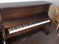Monarch Cincinnati Chicago Upright Piano (Vintage)