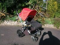 Bugaboo Cameleon 3 + Carrycot + Footmuff + Maxi Cosi adaptors + rain cover. Very good condition!