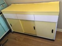 Retro 60s kitchen unit