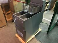 CATERING COMMERCIAL BRAND NEW TWIN TANK FRYER RESTAURANT CATERING COMMERCIAL KITCHEN CAFE SHOP KEBAB