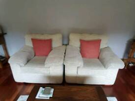 3 Piece suite & coffee table.