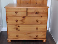 Solid Pine Bedside Cabinet Dresser Chest Of 5 Drawers Bedroom Furniture In Good Clean Condition