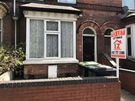 **FLAT TO RENT**SPARKHILL**B11 4AS**WATER RATES - GAS BILL INCLUDED**