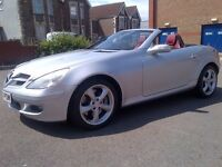 A Prime Example of the Mecedes SLK 350 (R171) Hard top convertible 7G auto-tronic 64,000 miles