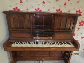 FOR SALE Gors Kallmann UPRIGHT PIANO