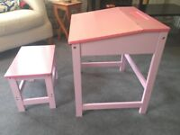 CHILDREN WRITING READING STUDY ROOM PINK WOODEN DESK STOOL TABLE SET GIRLS SEAT £50 new