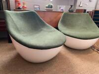 Retro Space Age Style Egg Chair - Modus Orbital by Christophe Pillet