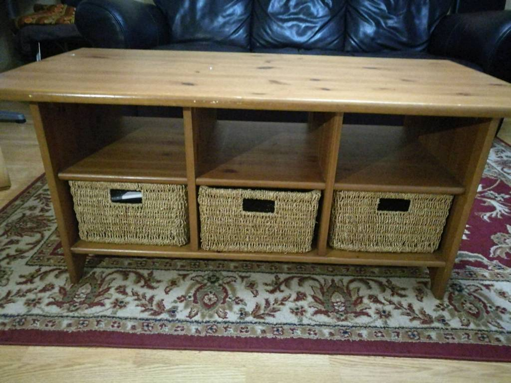 Solid wood coffee storage table