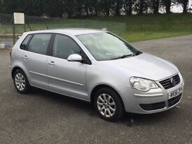 Automatic VW PoloFull service history, 12 months mot. CD player, alloys, ac, ew. Excellent condition