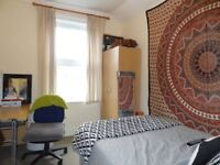 Student Only House Prime Location – West End