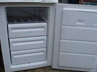 UNDERWORK TOP FREEZER, EXCELLENT CONDITION, MAKE ZANUSSI LOW ENERGY,