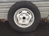 FORD TRANSIT 215 / 75 / 16 CONTINENTAL VANCO TYRE (BRAND NEW) ON RIM .