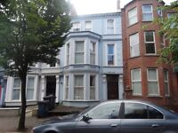103 Eglantine Avenue, 2 Bedroom Apartment Available September £600PCM