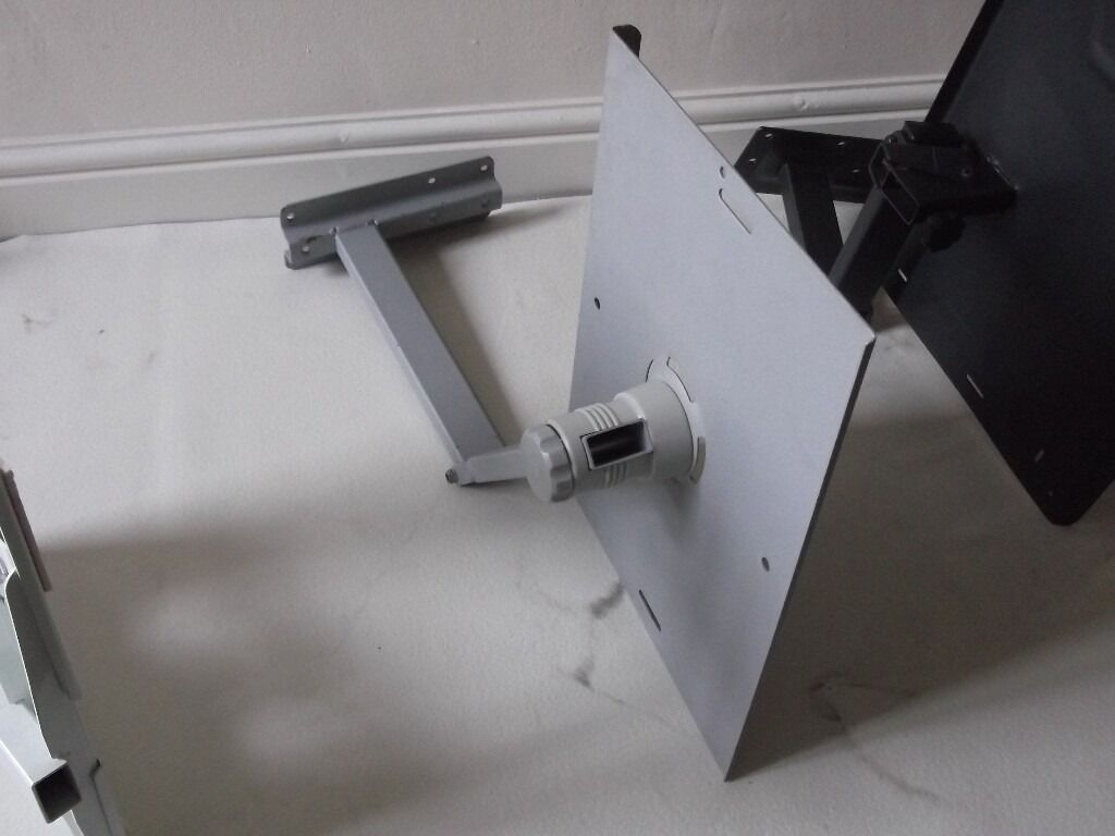 Choice of 3 universal TVCCTV Wall Brackets Turn, Tilt and Swivel Corner25.00in Whalley Range, ManchesterGumtree - Choice of 3 different universal TV / CCTV Wall Brackets Turn, Tilt and Swivel Corner ......... £25.00 All in good condition, Two are 30cm X 30cm (Dark gray & Black), One is extendable up to 40cm X 30cm (white). Please note Calls Only. No timewasters...