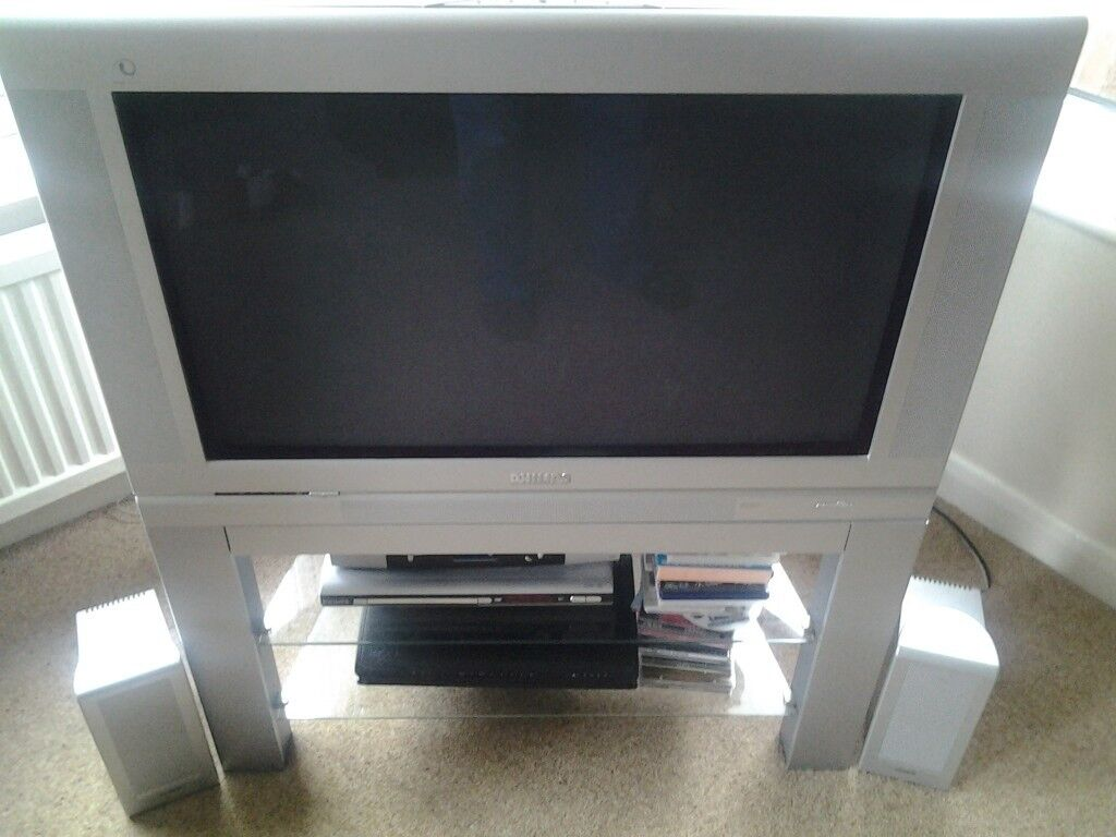 Top of the range 32in Philips Pixel Plus Matchline Tv and stand