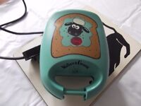 Shaun the Sheep Toasted Sandwich Maker