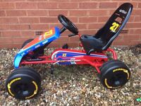 Good quality kids go-kart, looks like new, barely used. Suitable for 3-5 year old.