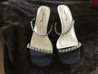Beautiful black/ silver Emilio Luca size 9 model 'delight' two strap evening sandals worn once