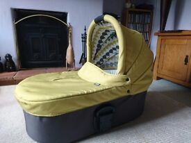 Mamas and Papas Sola Carrycot