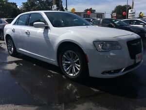 2015 CHRYSLER 300 TOURING- SUNROOF, HEATED SEATS, REAR VIEW CAME Windsor Region Ontario image 8