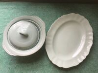Crockery sets (incomplete and various)