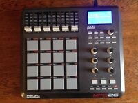 Akai MPD26 Sample Pad/Controller with box OPEN TO OFFERS