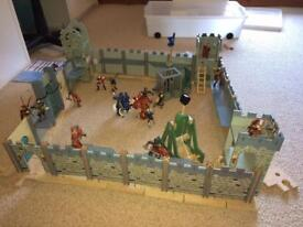 Le Toy Van boys castle medieval village