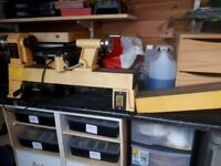 Perform Bench Wood Lathe