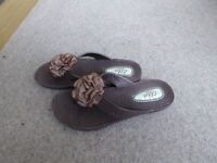 DANI FLIP FLOPS / SANDALS / THONGS BY ELLA SHOES LTD LONDON