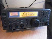 Icom IC-R8500 Professional Receiver