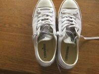 White size 8 converse trainers