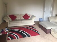 2 Bedroom flat with balcony for rent @ £425 pcm, Clifton area in Rotherham. Available from 1/8/18
