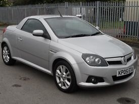 VAUXHALL TIGRA CONVERTIBLE SPORT HARD TOP COUPE 1800 I 125 BHP 12 MOT .N TAX
