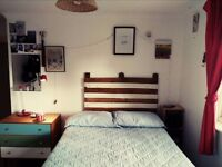 Fully furnished double bedroom available in amazing location!