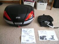 Givi V56NN Topbox and ST1300 Carrier Plate As New