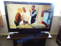 """Excellent LUXOR 37"""" FULL HD 1080p LCD TV IN TOP CONDITION +DVD PALYER"""