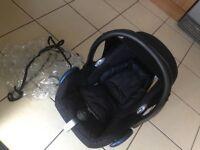 Maxi cosi car seat and rain cover