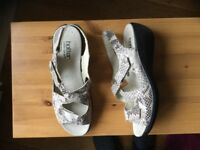 Ladies Hotter sandals size uk 7