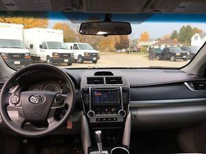 2014 Toyota Camry 4-door Sedan LE 6A (2) London Ontario image 12