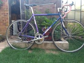Selection of retro road racing bikes some single speed great commuting station bikes from £95