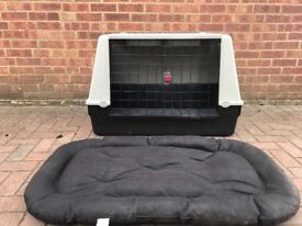 Ferplast Atlas Car 100 Transport Crate and rugged mat