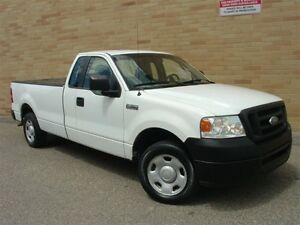2006 Ford F-150 XL 2WD. 6 cyl. 5 Speed manual! 8 Ft. Box!