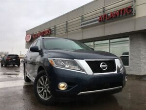 2015 Nissan Pathfinder LOADED!! LEATHER, ROOF, NAV, 7 PASS.