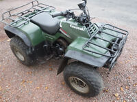 KAWASAKI KLF300 4X2 QUAD BIKE 2006 GOOD RUNNING ORDER SEE VIDEO CAN DELIVER