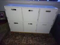 Children's storage unit.
