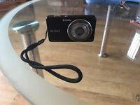 Sony Cybershot 14.1mp camera +4GB SD card