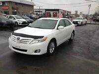 2011 TOYOTA CAMRY XLE CUIR TOIT OUVRANT MAGS